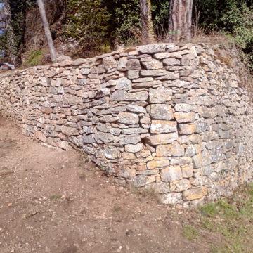 Restauration mur en pierres sèches – Crémieu
